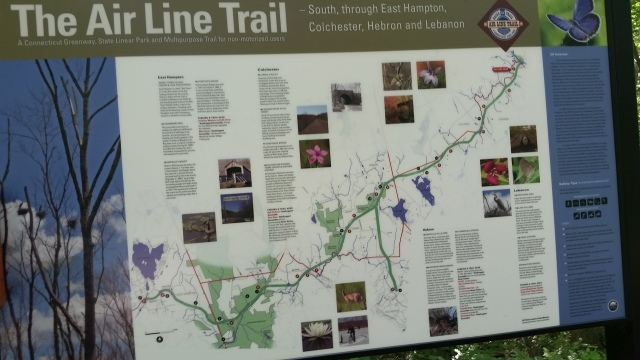 airline trail sign