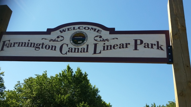farmington canal sign